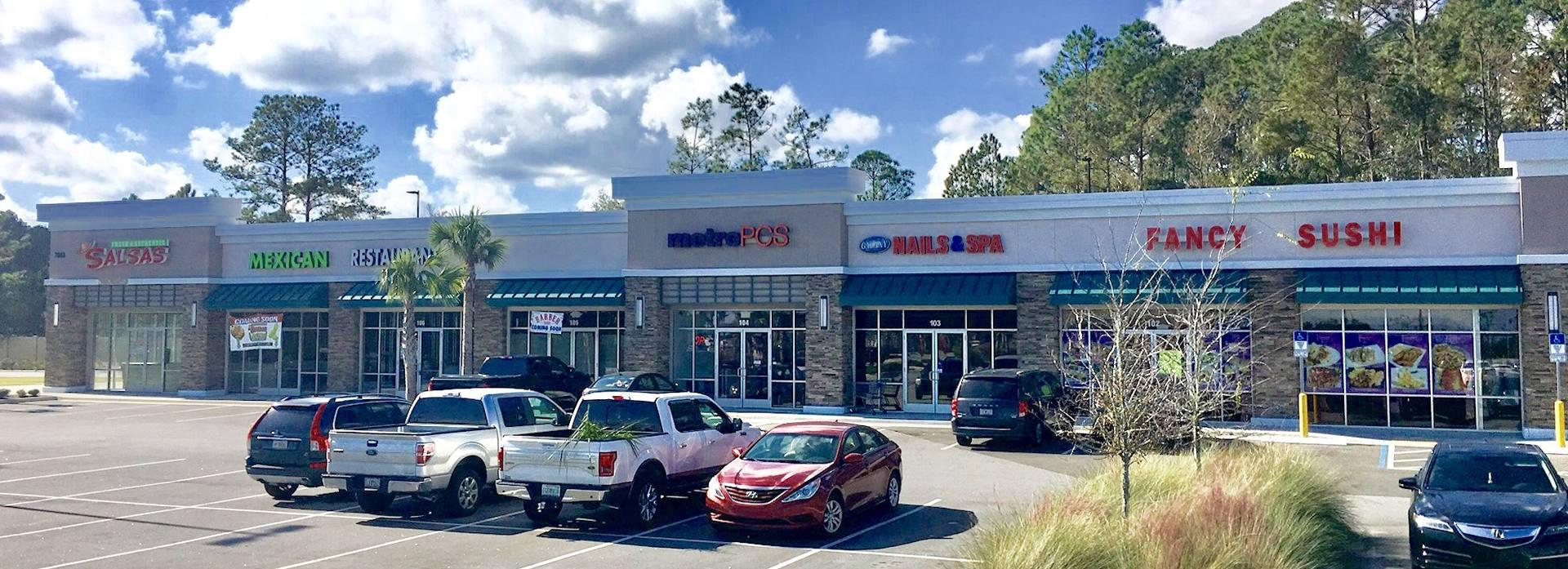 Jacksonville FL: FL. Collins Plaza Walmart Supercenter - Retail ...